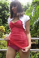 Outdoor In A Superhot Red Miniskirt - Picture 8